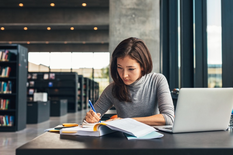 Plan Well for College With an Expert College Planner