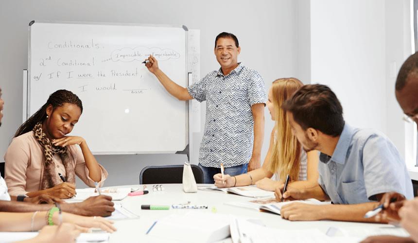 Discovering Spanish Language Courses